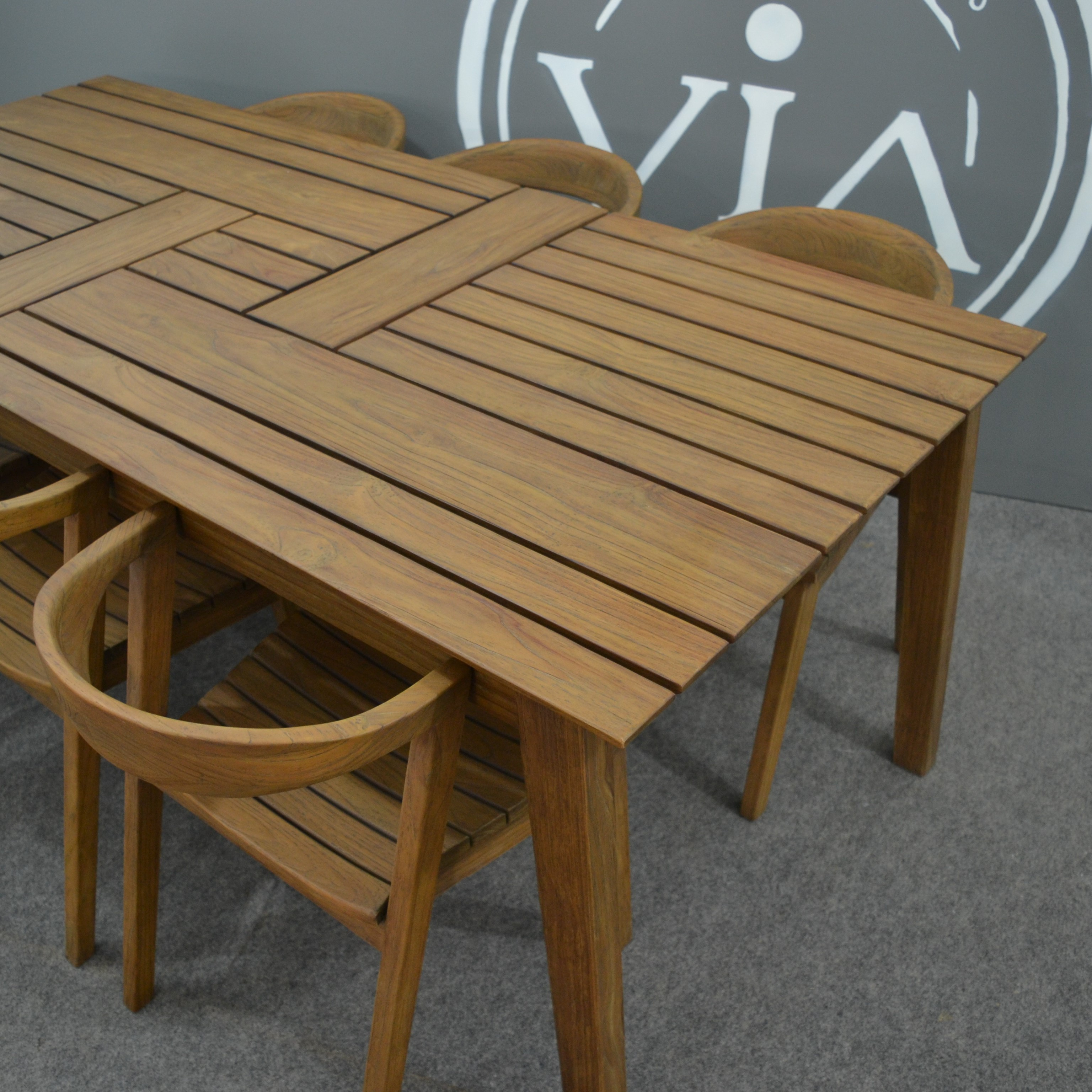 Furniture Importers: Manufacturers And Importers Of